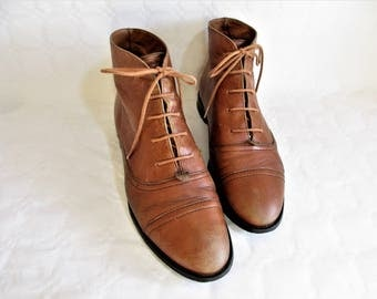 vintage hazelnut brown leather lace up low heel oxford boots  / Size :  EU 40 / US women's 9 / UK women's 6 1/2