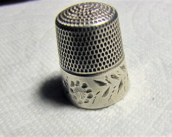 Antique Simons Brothers Sterling Silver Thimble Bright Cut Engraved Design Model Number 41AD.