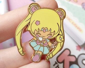 Enamel pin Chic Kawaii sailor moon girl magical pastel pins