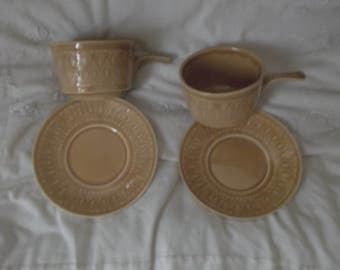 set of 2 Tams soup bowls and saucers in beige