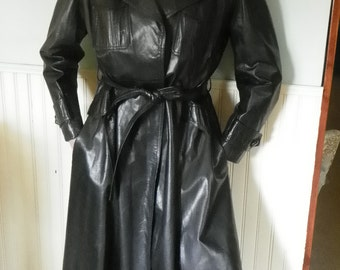 1970s Genuine Leather Women's Trenchcoat
