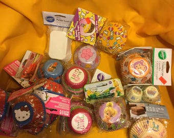 Wilton Cupcake Liners, Baking Cups, Muffins, Large Lot 1225