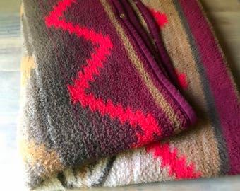 Vintage Sleeping Bag / Vintage Southwestern Throw Blanket Acrylic Blend