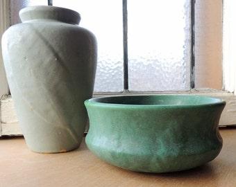 Zanesville Stoneware Matte Green Planter/Bulb Bowl/Fern Dish/Dish Garden