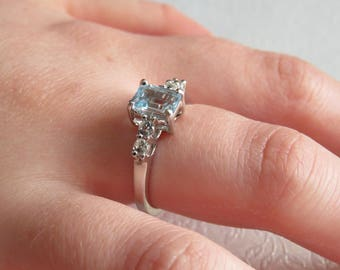 Sky blue and white topaz sterling silver ring. Size US 7 UK O