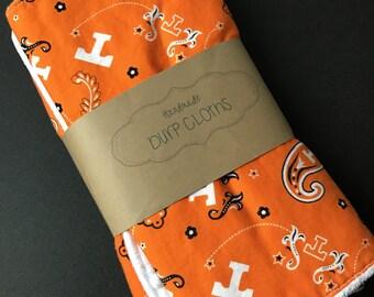 Tennessee volunteers burp cloths