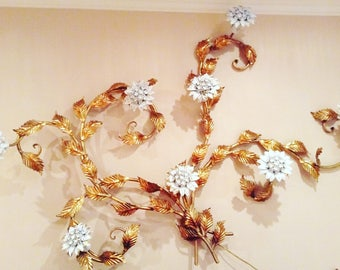 Floral Cream and Gold Mid-Century Italian  Wall Sconce with 8 Lights - Made in Italy