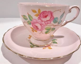 Pink Tuscan Tea Cup and Saucer, Antique Tea Cups, Pink Tea Cups, English Bone China Cups, Pink Rose Cups, Tea Cups Vintage, Shabby Chic