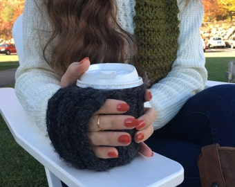 Cozy coffee mitten