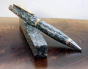 Aluminum Pen Blanks! Aluminum Millings packed in clear acrylics turning blanks.