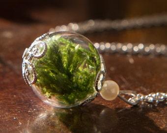Real Woodland Moss Bridesmaid Necklaces, Bridesmaid gift Set of 3 Real Emerald Green Moss Bridesmaid Necklaces, Irish Handmade Jewelry