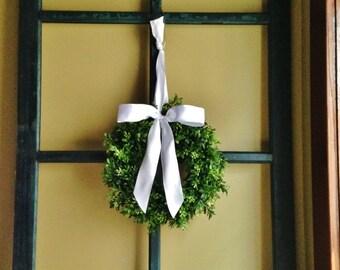 "MINI 10"" Window Wreath, MINI Boxwood Wreath, Window Wreath, Christmas Window Wreath, Christmas Boxwood Wreath"
