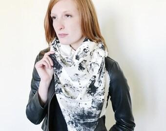 Pebble Print Blanket Scarf
