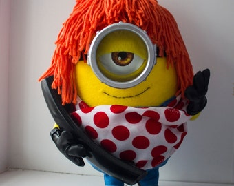 Minion Stuart from minions as Lucy Wild