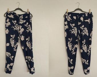 International Concepts Floral Harem Pants (10). Floral Harem Pants. Harem Pants. Floral Pants. Vintage Pants. Vintage Floral.