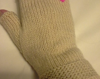 Fingerless gloves.   Cream with pink heart.