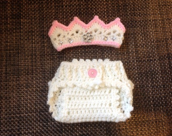 Newborn girl crown and diaper cover