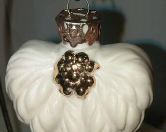 Antique Glass Design Heart Ornament