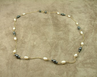 Gold 14k Chain Necklace with Hematite and Pearls
