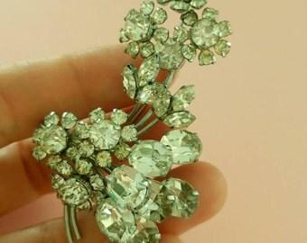 Vintage Rhinestones floral brooch sparkling 1960s