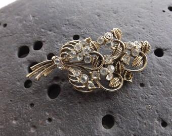 Vintage Rose Gold Fleur De Lis Style Brooch