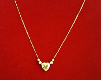 "Love Me Do 14k Yellow Gold Heart Necklace on 22"" Chain -EB575"