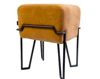 BOKK / Kruk, Staal, Leather / Dutch Design by Puik Art Amsterdam / kruk,staal,vilt,wonen,interieur,zitten,modern,design,handgemaakt