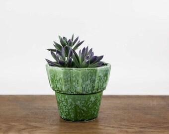 Vintage Green Hull Plant Pot, Ceramic Planter, Succulent Pot, Hull Pottery, Green Planter Pot, Garden Home Decor, Vintage Flower Pot