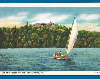 Vintage Linen Postcard - Sailing on the Lake Near Crestmont Inn at Eagles Mere, Pennsylvania  (2491)