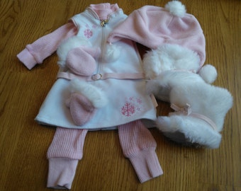 American Girl Snowy Chic Outfit ... Absolutely Adorable! ... From An Adult Collection ... Excellent Condition ... Retired