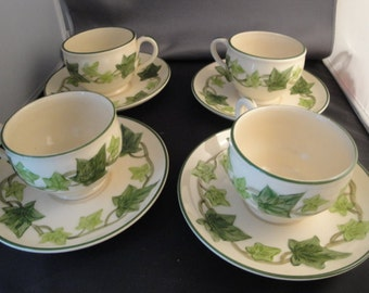 Set Of 4 Vintage Franciscan Ivy Pattern Tea Coffee Cups And Saucers, California U.S.A.
