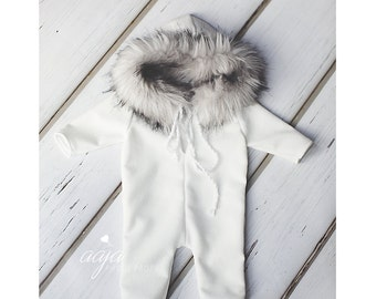 Baby newborn Eskimo romper, with fur hood and long sleeves, beautiful off white, stretch, Photo prop made to order