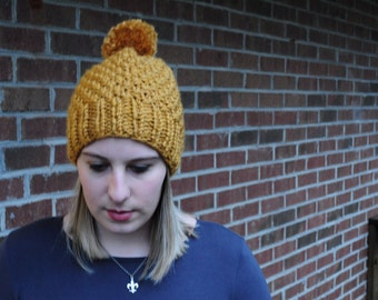 Gold Chunky Knit Beanie // Hand Knit Hat // Hand Knitted Beanie With Pom Pom // Winter Wool Hat // Hand Knit Beanie, gifts for her