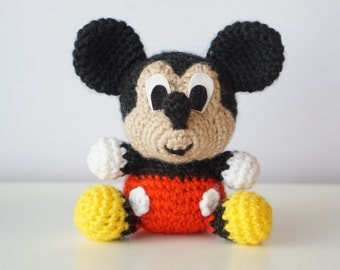 Baby Mickey Amigurumi Pattern : Minnie mouse crochet pattern Etsy
