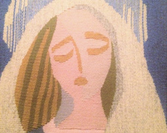 A beautiful wall hanging with Madonna, Scandinavian Swedish handwoven in Flemish art from the 1960s.