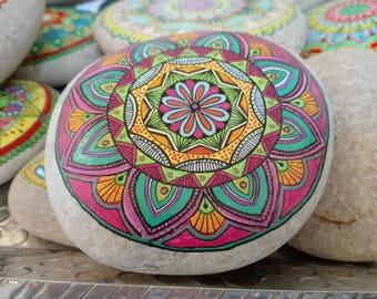 Sasso of the Adriatic Sea, hand painted. Fish. Mandala Stones.