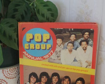 Vintage 1977 Pop Group Annual Book. Retro 1970s Music Annual Book, Fashion, Photo Stories and Pop Stars , Bay City Rollers.