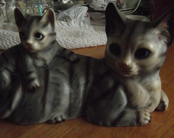Vintage cat with kitten