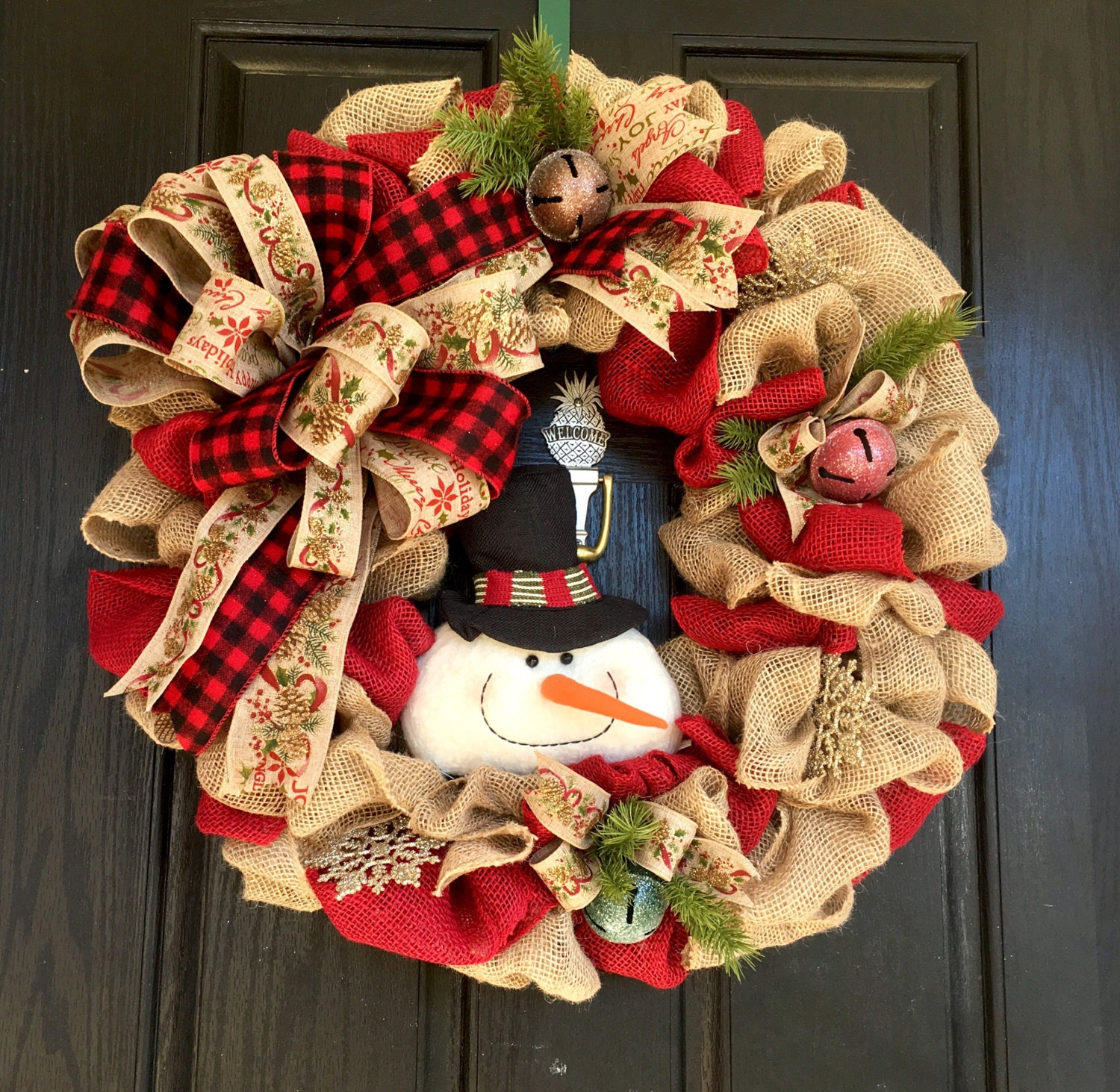 Christmas burlap wreath snowman burlap by shellyschicdesigns for Snowman made out of burlap