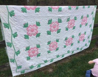 Beautiful Pink Dogwood Quilt Vintage 79x80