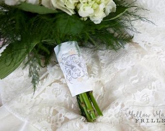 Custom Monogram Bridal Bouquet Wrap ~ Vintage Flourish Accent