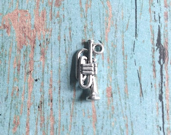 8 Trumpet charms (3D) antique silver tone - trumpet pendants, instrument charms, music teacher charms, band charms, music class charms, C7