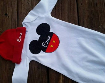 Mickey mouse. Personalized Mickey mouse hat. Baby gown.
