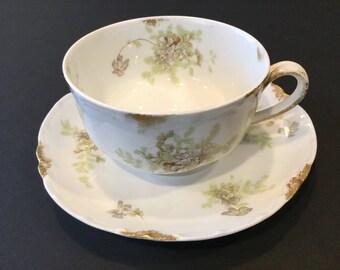 Cup & Saucer: Haviland Limoges Schleiger 52H