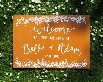 Wedding Welcome Sign | Hand lettered Chalkboard & Wooden Finish | Parties | Celebrations