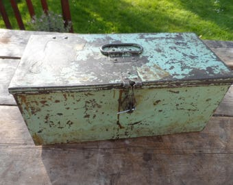 Vintage Metal Engineers Storage Box Industrial Storage for the Home or Office Cleaned Polished & ready to go Hinged Lid with internal tray