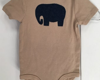 Baby Boy Bodysuit, Size 6/9 Months, Short Sleeves, Khaki Embellished w/small blue denim elephant, for fun, play, everyday, anytime, spring