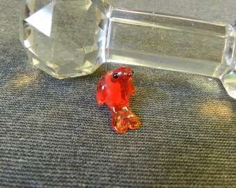 Single Red-Orange Sitting Bird Lampwork Glass Bead - 10mm - Handmade - Parrot, Chicken, Dolphin