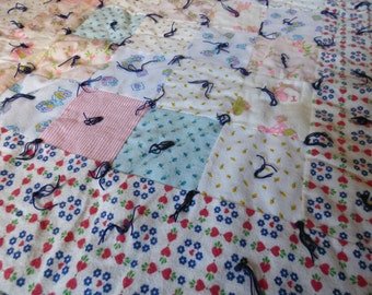 Patchwork Flannel 1970's Vintage Baby Infant Crib Quilted Cotton Quilt 37 x 45