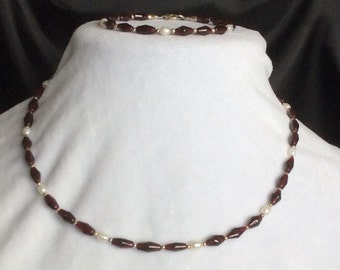 Sterling Silver, Garnet and freshwater Pearl necklace and bracelet set